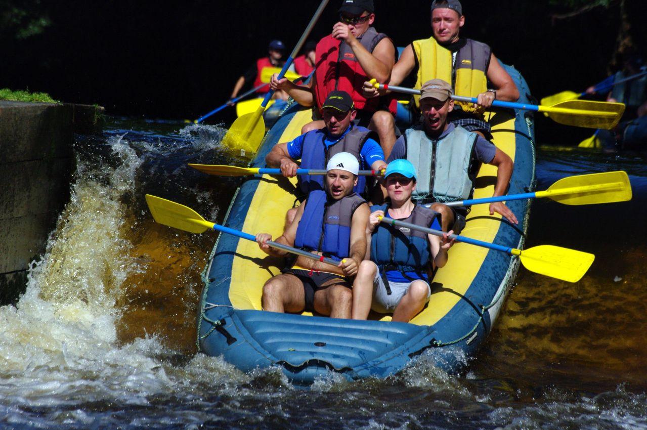10.00 AM – 12.30 PM: Rafting/Canoeing/Kayaking